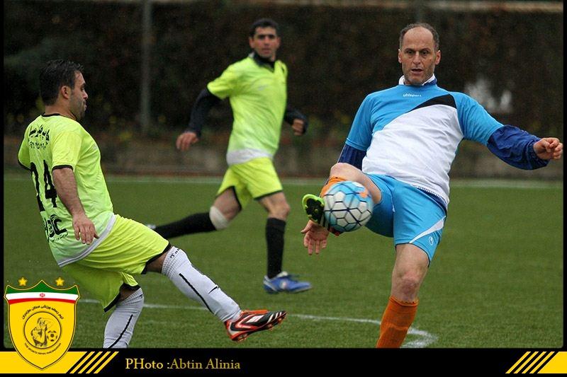 تصاویر دیدار دوستانه منتخب فوتبالیست های ساروی و رسانه ورزش مازندران