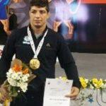 اهدای مدال رقابتهای بین المللی محمد جواد ابراهیمی به شهدای پلاسکو