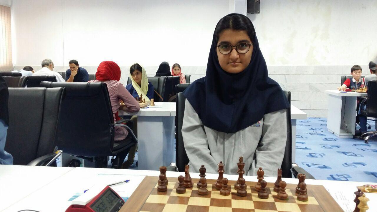 مبینا علی نسب قهرمان شطرنج کشور شد/ فیروزجا صدرنشین نیمه نهایی آقایان