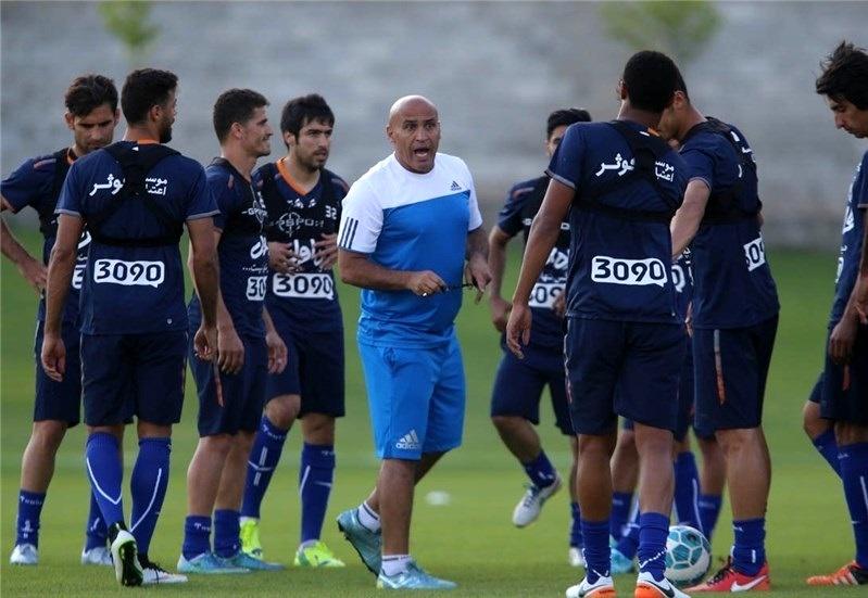 آقای منصوریان از مصدومیت بازیکنانت خبر نداشتی؟