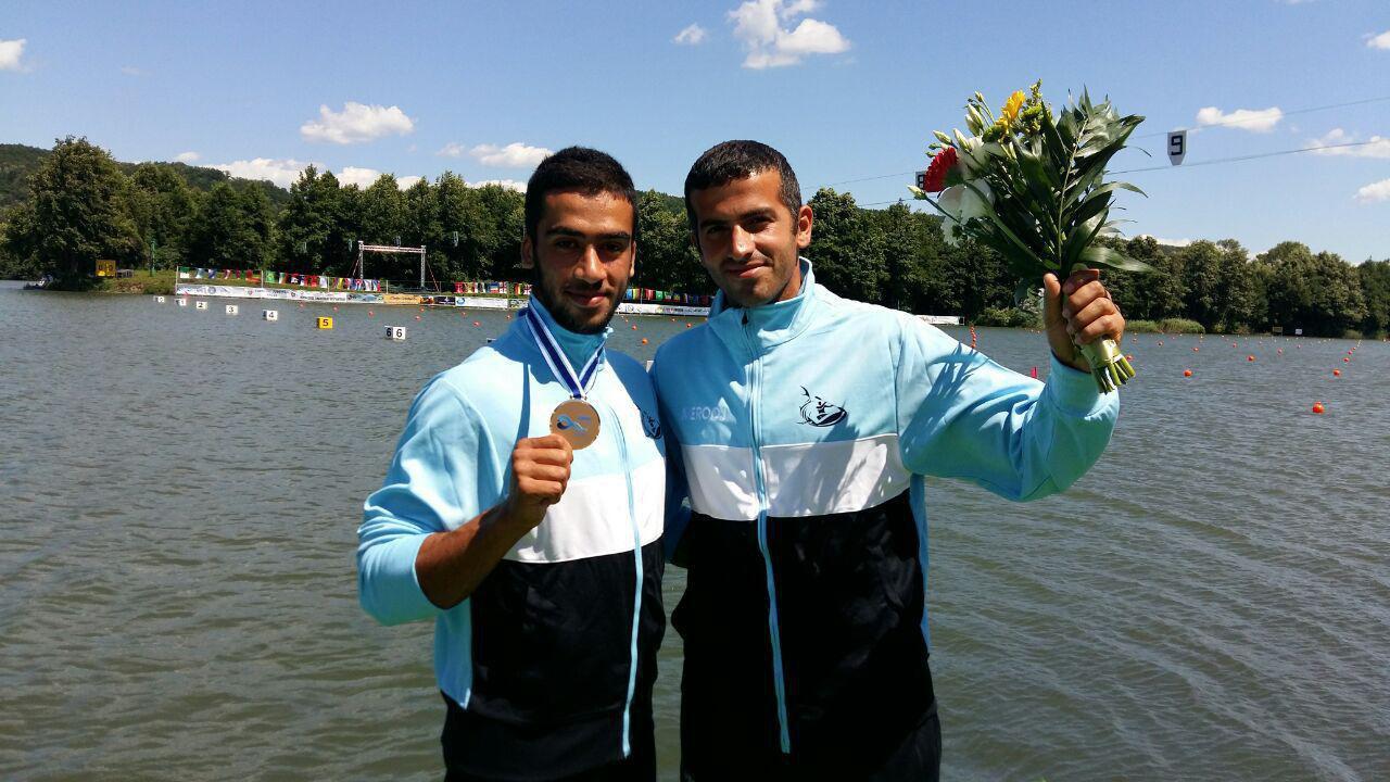 برای اولین بار در تاریخ/ قایقرانی ایران مدال جهانی قایقرانی کسب کرد !