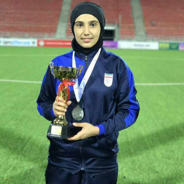 فاطمه ایجادی گلر تیم ملی زیر ۱۵ سال ایران بهترین سنگربان جام کافا آسیا شد