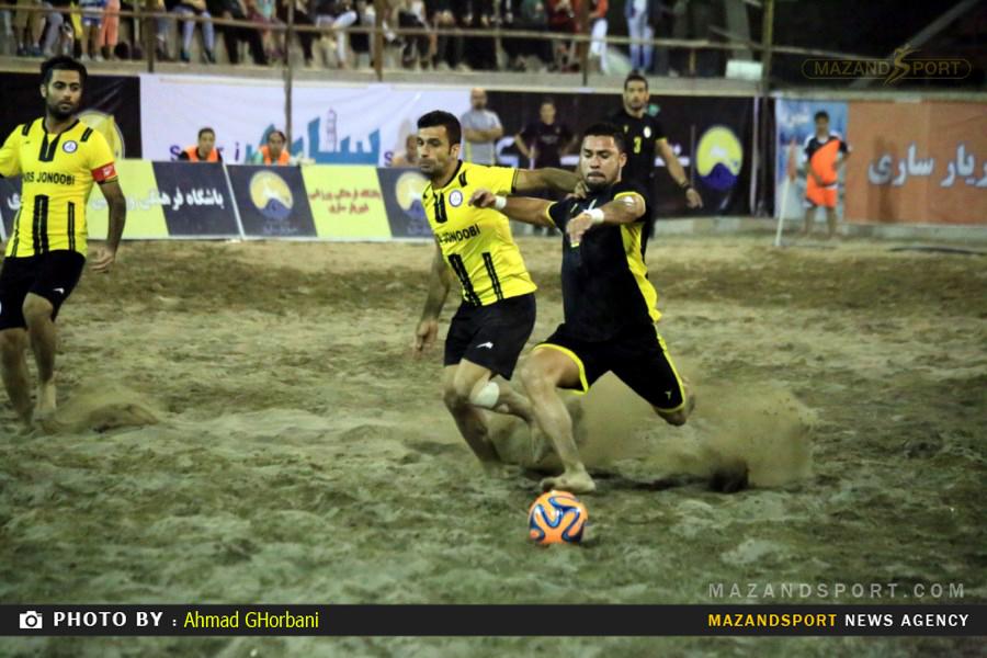 برد دلچسب شهریار در حساس ترین دیدار لیگ برتر فوتبال ساحلی/عکاس:احمدقربانی