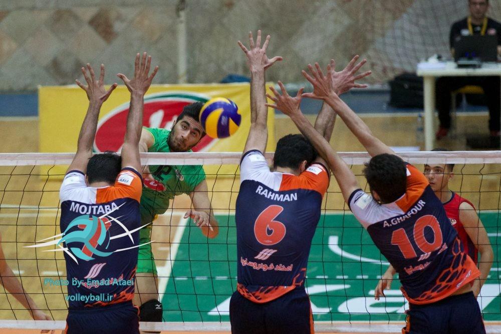 گام لرزان نمایندگان مازندران در مرحله یک چهارم لیگ دسته اول والیبال/ شهروند نکا امیدوارترین مازندرانی