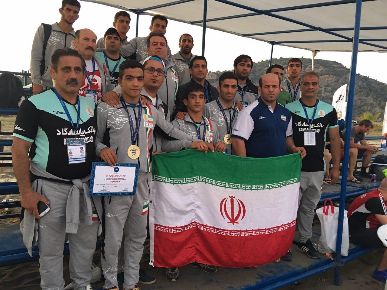 سه مدال جهانی برای کشتی گیران مازنی