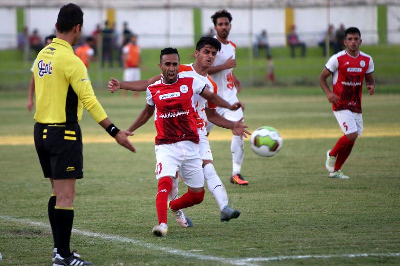 محمدقاسمی نژاد:  بد نیست رکورد جالبی از خود در لیگ دسته اول بر جای بگذاریم