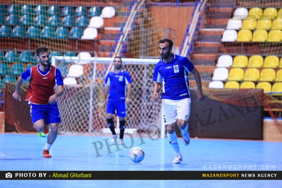 تصاویر تمرین تیم فوتسال شهروند قبل از دیدار با گیتی پسند در اصفهان /عکاس:احمد قربانی