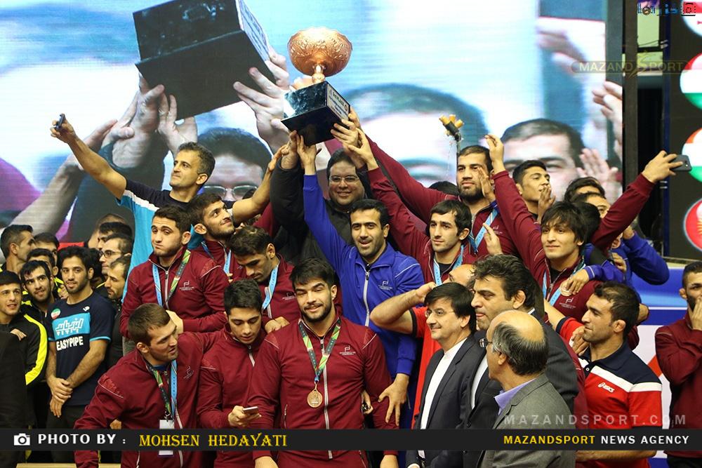 دیدار نیمه نهایی تیم کشتی ستارگان ساری در جام باشگاه های جهان و اهدا جام
