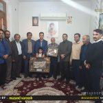 دیدار اشکان خورشیدی با خانواده اولین شهید مدافع حرم استان مازندران در نکا