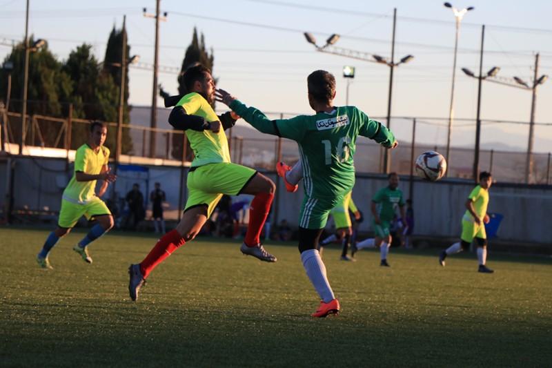 رسانه ورزش و پیشکسوتان قائمشهر با برتری برابر حریفان فینالیست جام فجر شدند