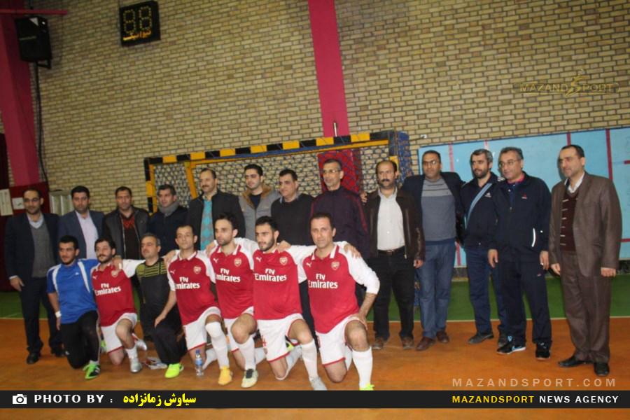 فوتسال جام ادارات  رامسر  در مجموعه  ورزشی شهید چمران برگزار شد