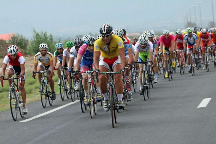 رکاب زن آذربایجان شرقی فاتح مسابقات دوچرخه سواری کشور شد
