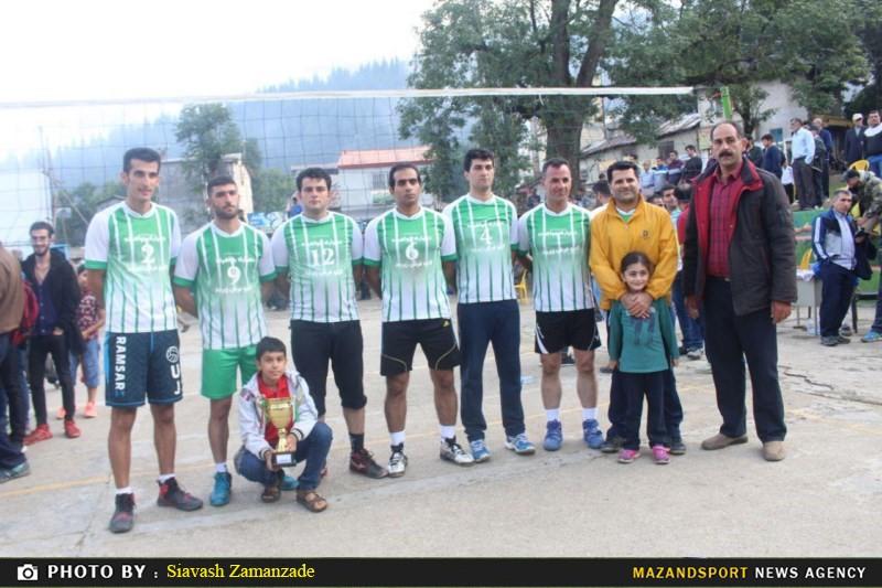 تصاویر مسابقات والیبال جواهرده یادوراه پیشکسوتان فقید والیبال رامسر