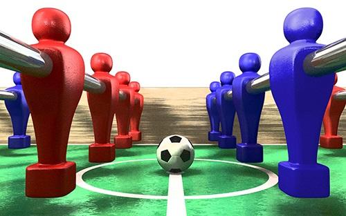 مسابقات فوتبال روی میز در رامسر برگزار شد + تصاویر