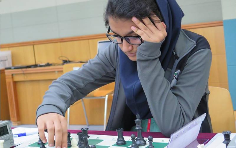 مبینا علی نسب :میخواهم با دکتر روحانی شطرنج بازی کنم !