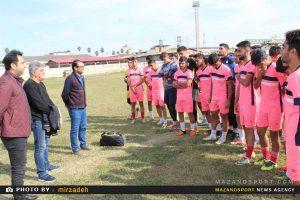 تمرین تیم امید های خونه به خونه با معارفه مربی جدید برگزار شد