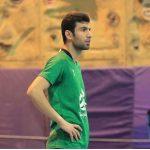 احمدی : رشتی ها به سبک بحرین مدام بازی را متوقف میکردند / مربیشان به سمت ما حمله ور شد !