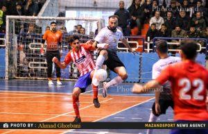 پیروزی پرگل  شهروند ساری مقابل ستارگان ورامین  در باز دوم پلی آف / عکاس: احمد قربانی