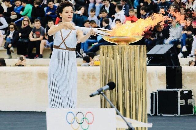 مشعل بازیهای المپیک در یونان روشن شد