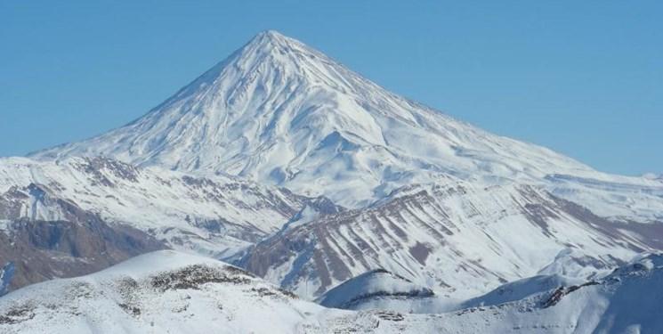 همه ماجرای وقف قله دماوند / قله دماوند متعلق به طبیعت دوستان است!