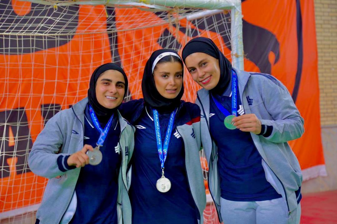 زهرا غریب : میخواستیم قهرمان بشیم اما نشد/ دوباره به تیم ملی بر میگردم !