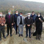روز پرکار مدیر جوان اداره کل ورزش و جوانان استان مازندران از پروژههای ورزشی شهرستان چالوس زیر باران