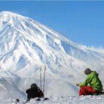 شرایط بد آب و هوایی مانع از امداد رسانی به کوهنورد مفقودی در دماوند +عکس