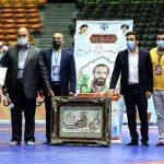 """تجلیل از خانواده شهید فقیهی """"شهید شاخص ورزش کشور"""""""