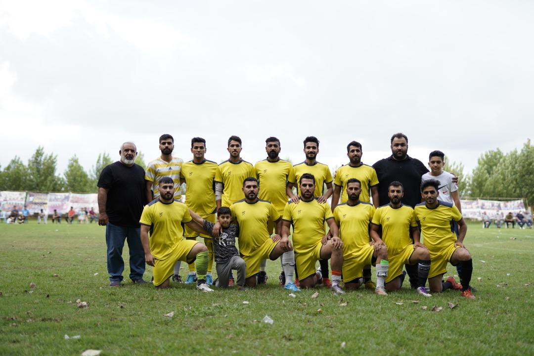 تیم های برتر دومین دوره مسابقات فوتبال هفت نفره یادواره جام شهدای روستای اسفندان مشخص شدند